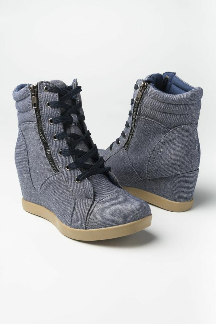 chaussures-compensées-fermeture-éclair-et-chaussures-en-denim