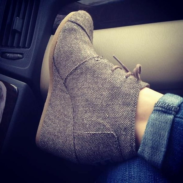 chaussures-compensées-jolies-bottes-compensées