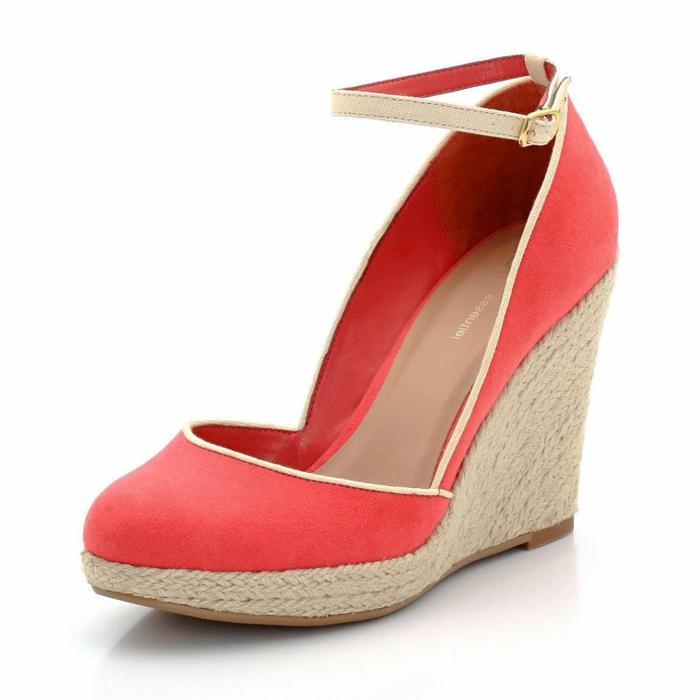 chaussures-compensées-plateforme-haute-couleur-corail