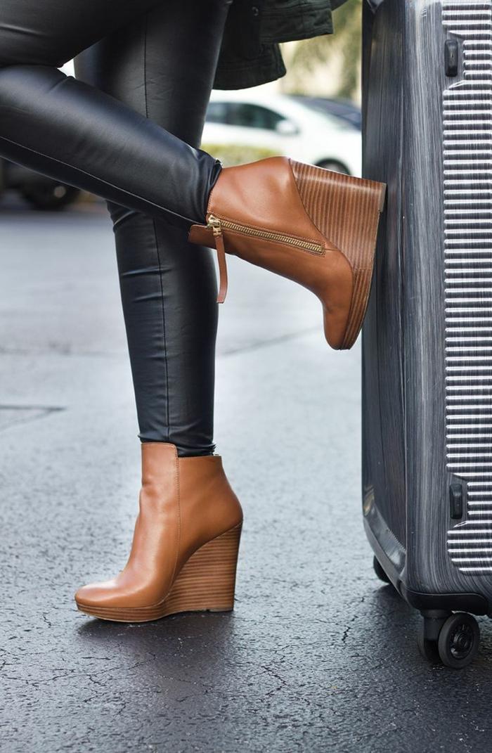 chaussures-compensées-plateforme-ultra-haute