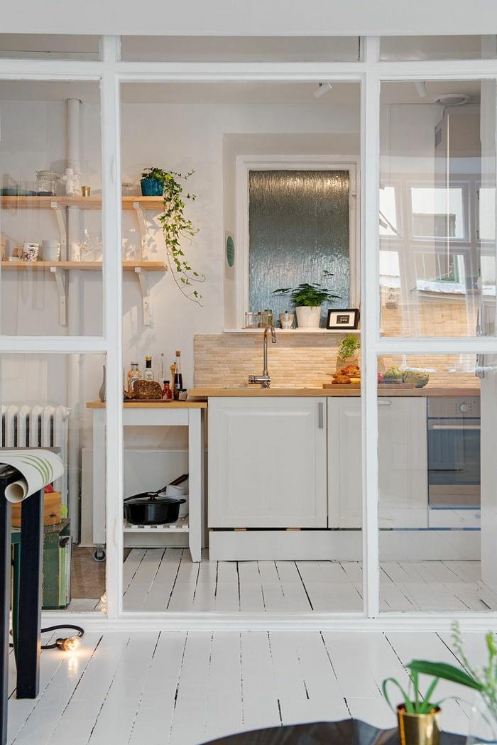 cloison-en-verre-cuisine-moderne-en-blanc-belle-cloioson-en-verre