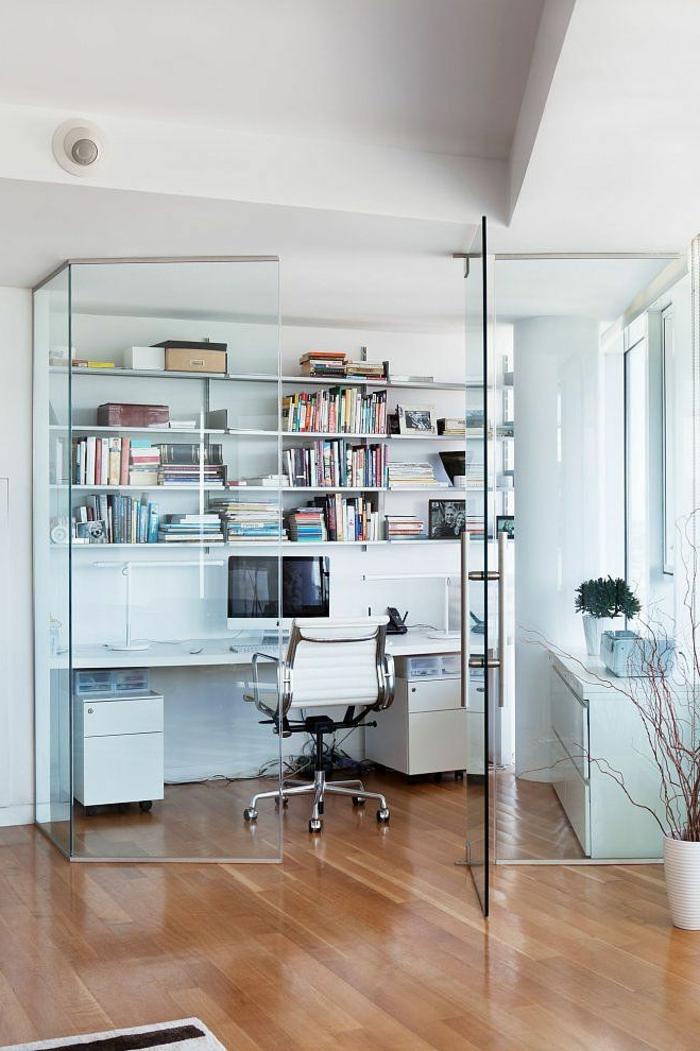cloison-en-verre-idée-magnifique-et-sobre-pour-un-office-à-la-maiosn
