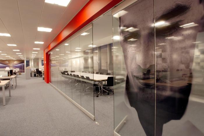 cloison-en-verre-idées-déco-pour-l'office-contemporain
