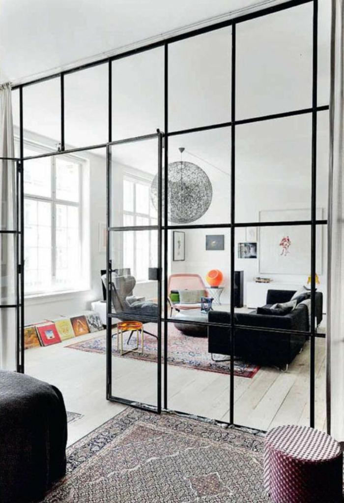 cloison-en-verre-intérieur-boho-chic-avec-cloison-vitrée