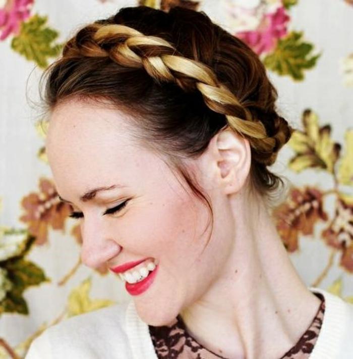 coiffure-avec-tresse-couronne-de-tresses-jolie