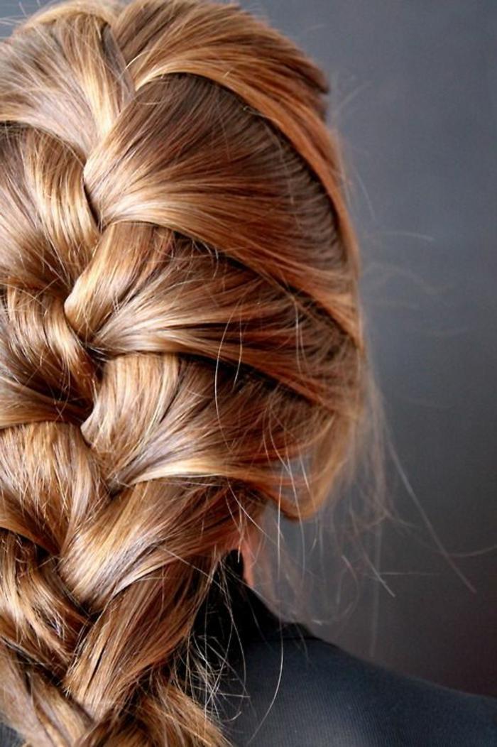 Des tresses pour cheveux longs