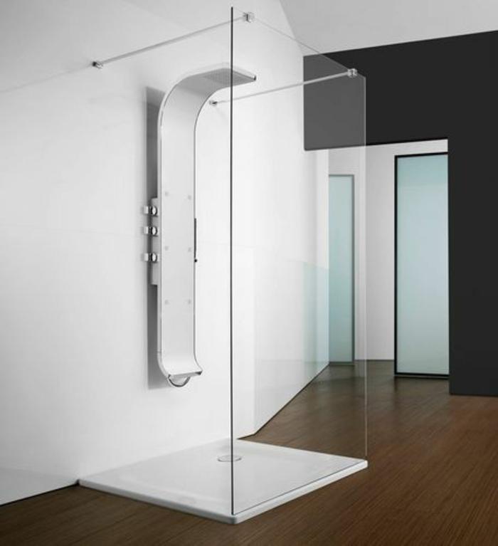 colonne-de-douche-castorama-dans-la-salle-de-bain-moderne-avec-mur-blanc-dans-la-salle-de-bain