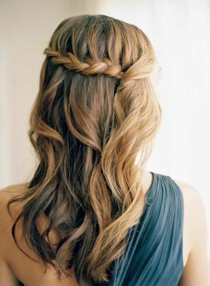 coloration-coiffure-tendance-couleur-cheveux-2015-le-dos-tresse-à-coté