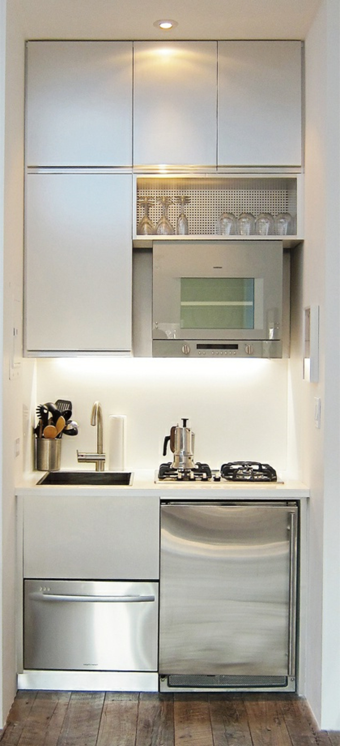 Comment am nager une petite cuisine id es en photos for Meuble kitchenette ikea