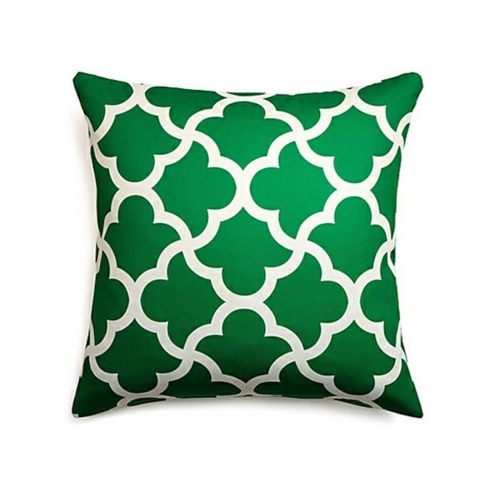 coussin-vert-décoratif-pour-le-salon-moderne-comment-choisir-les-coussins
