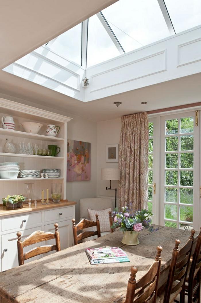 cuisine-style-campagne-cuisine-lumineuse-avec-grande-table