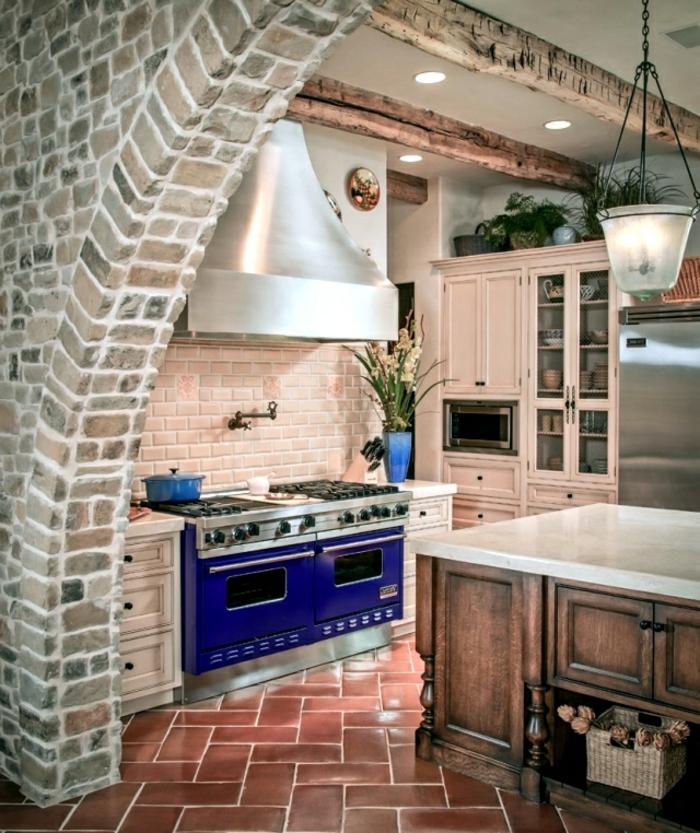 cuisine-style-campagne-cuisine-rustique-deux-cuisinières-bleues