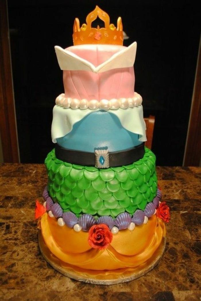 déco-à-faire-à-soi-même-gâteau-anniversaire-thème-Disney-Aurore-le-gateau