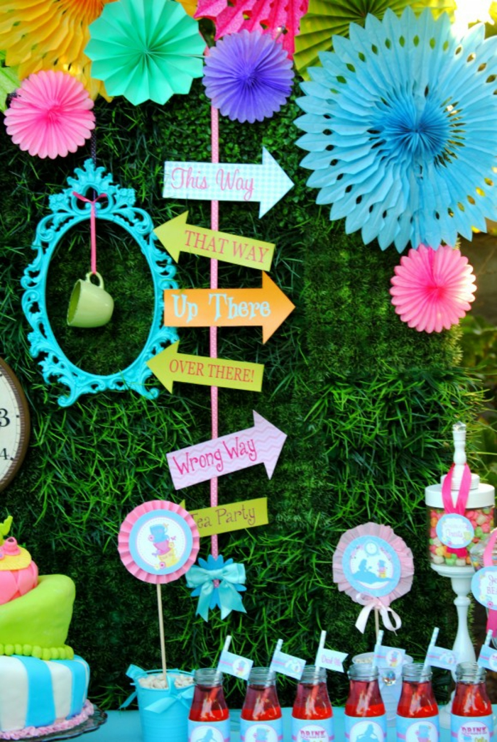 déco-anniversaire-fille-pique-nique-au-plain-nature-jardin-party-décoration-alice-c-est-par-la