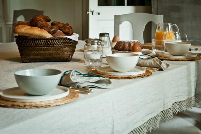 déco-de-table-chemin-de-table-la-nappe-couleur-lin-nappes-lin-déco-de-table-cuisine-déjeuner