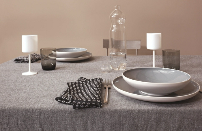 déco-de-table-chemin-de-table-lin-art-de-table-décoration-sevrillette-assiède-nappe-en-lin