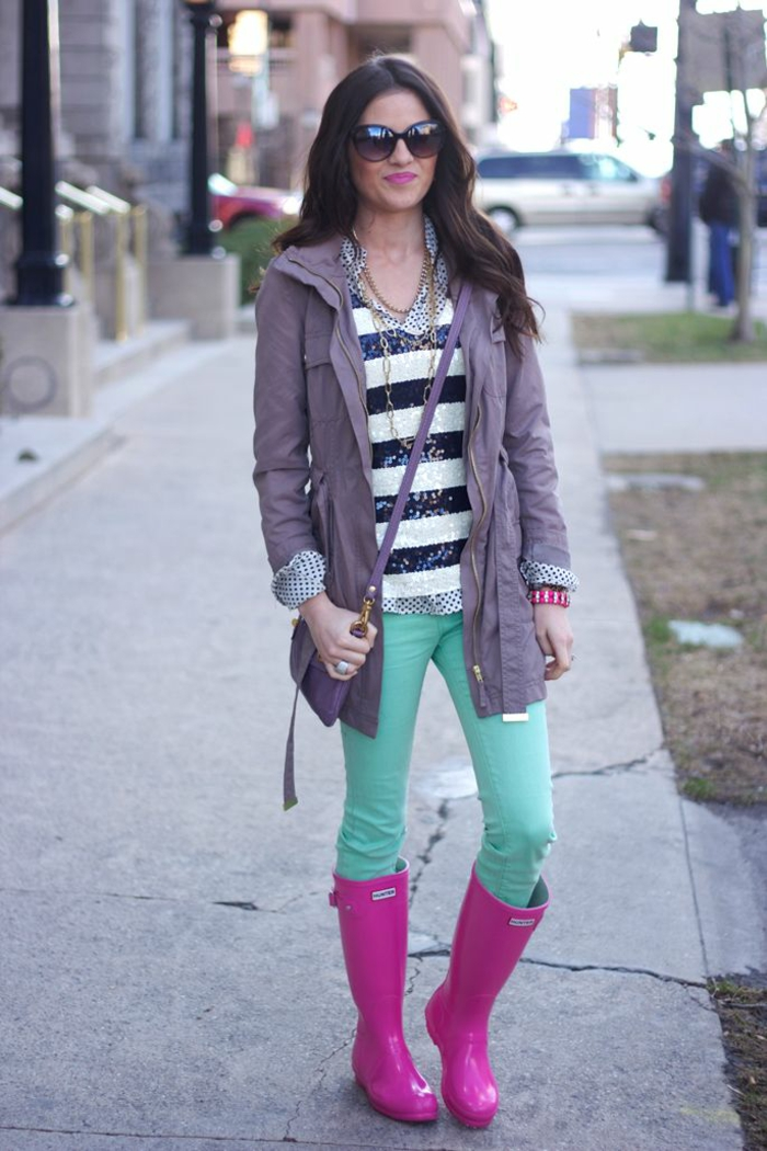 des-bottes-de-pluie-femme-bottes-originales-tenue-hiver-la-vie-en-rose