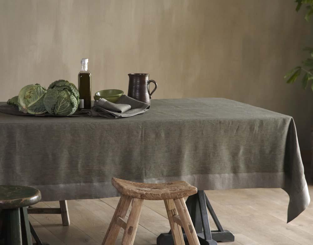 des-nappes-en-lin-idées-déco-de-table-dans-le-jardin- choux