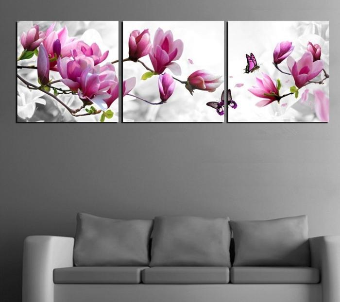 deux-volets-se-replient-sur-le-panneau-central-tableau-triptyque-fresque-fleurs-roses-et-blanches