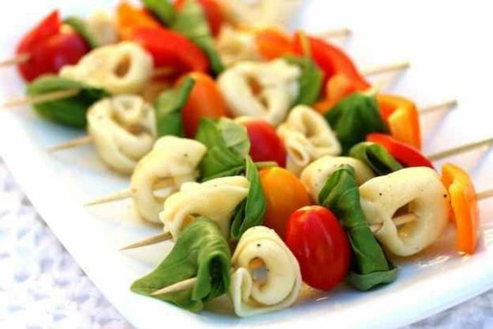 entrée-froide-rapide-avec-tortellini-pour-votre-table-de-fete-noel