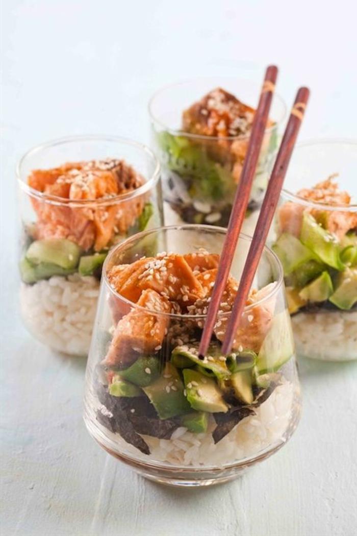 entree-froide-pour-la-table-avec-rice-legumes-entrée-froide-rapide-pour-la-table