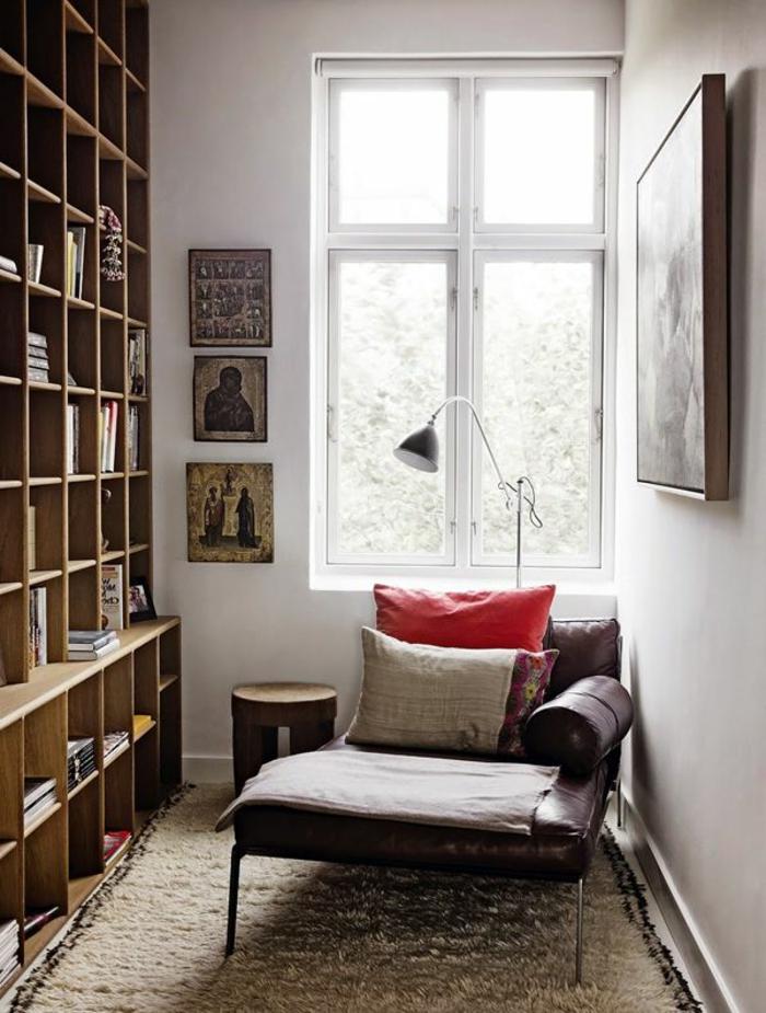fauteuil-relaxation-ikea-pour-le-salon-avec-murs-beiges
