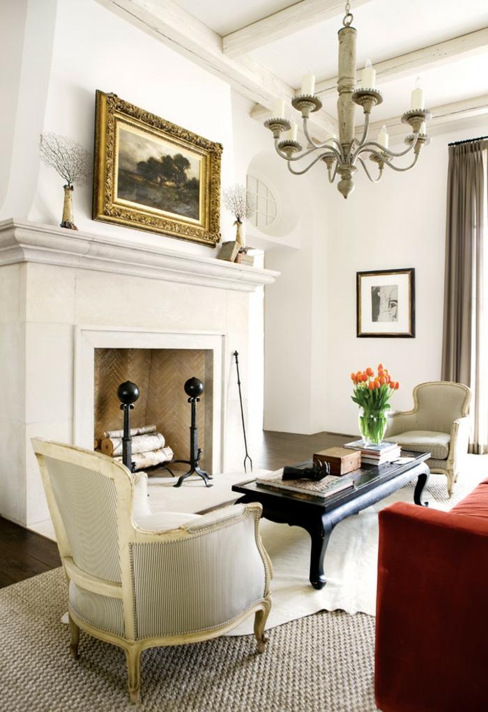 grand-tapis-pas-cher-pour-votre-salle-de-séjour-bien-aménagée-idée-chique-avec-cheminé