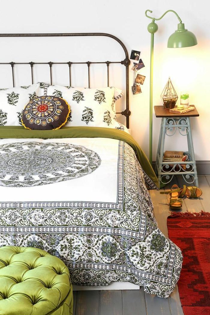 housse-de-couette-carrefour-pour-votre-chambre-à-coucher-moderne-sol-en-planchers-en-bois