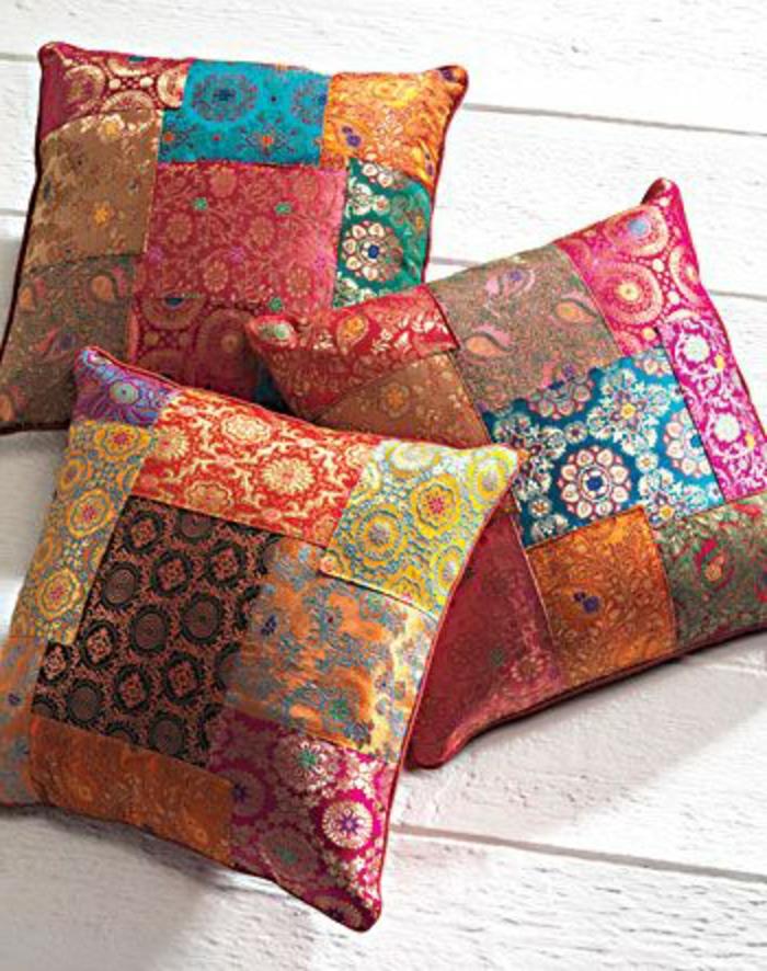 housses-de-coussins-colorés-beaucoup-de-modeles-de-coussins-decoratifs