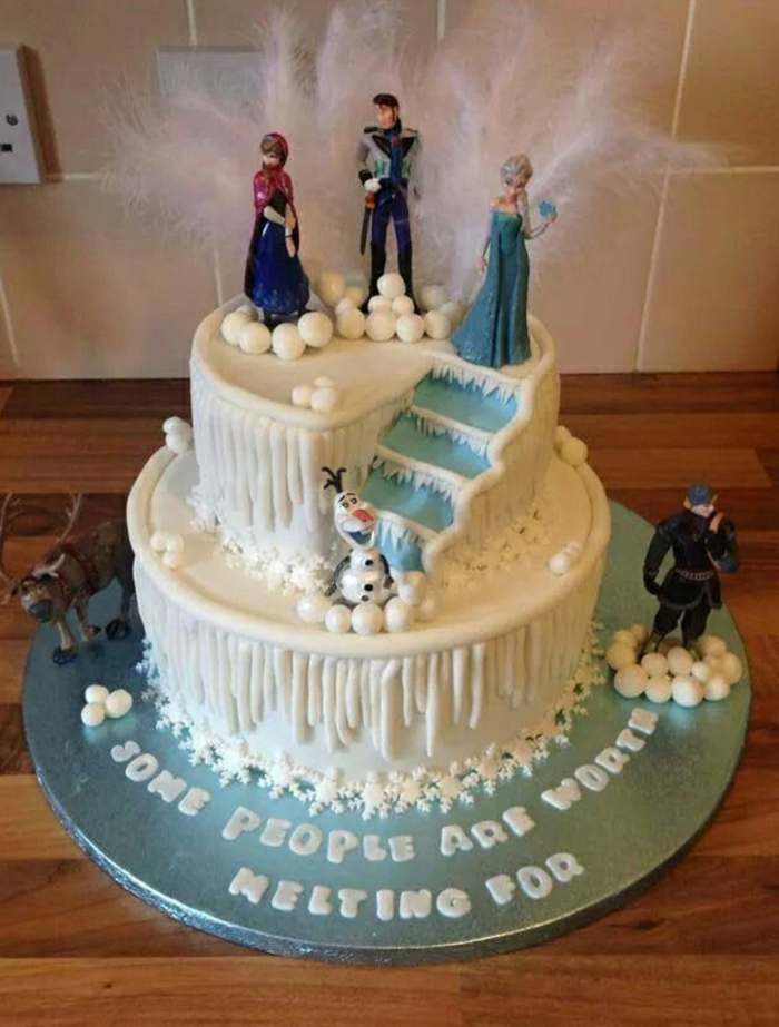 Le gateau Reine des neiges - 50 idees originales - Archzine.fr