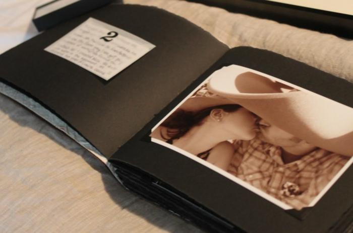 idée-de-cadeau-original-pour-femme-boucles-d'oreille-geek-cool-cadeaux-la-livre-avec-pgotos