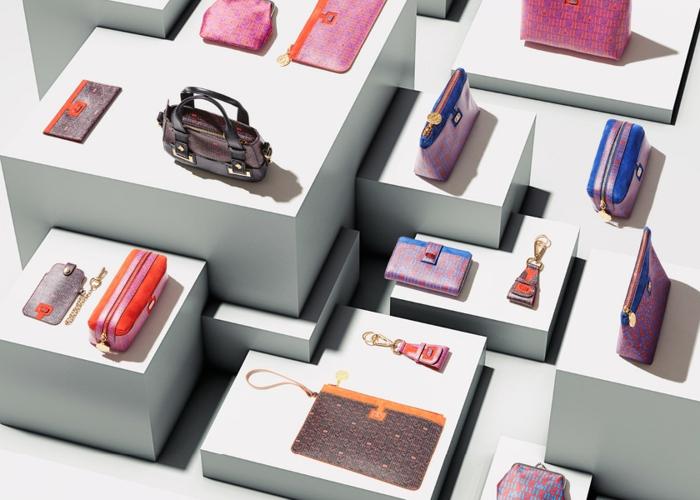 idée-de-cadeau-original-pour-femme-boucles-d'oreille-geek-cool-cadeaux-sac-à-main