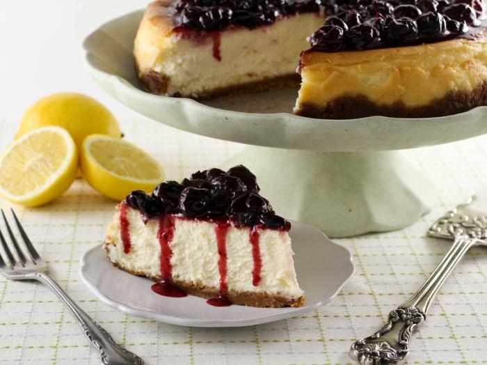 idées-cadeau-belle-mere-cadeau-pour-belle-mère-cheesecake-gâteau au fromage-cherises