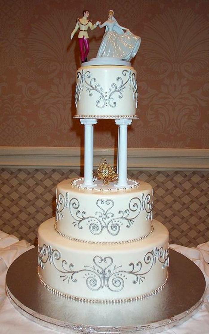 idées-déco-cendrillon-dessin-animé-inspiration-fête-décoration-originale-gâteau-anniversaire