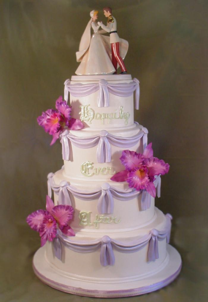 idées-déco-cendrillon-dessin-animé-inspiration-fête-décoration-originale-gâteau-béauté
