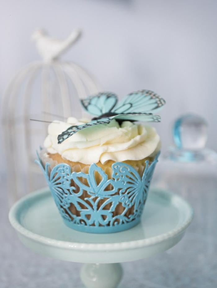 idées-déco-cendrillon-dessin-animé-inspiration-fête-décoration-originale-gâteau-papillon-cake