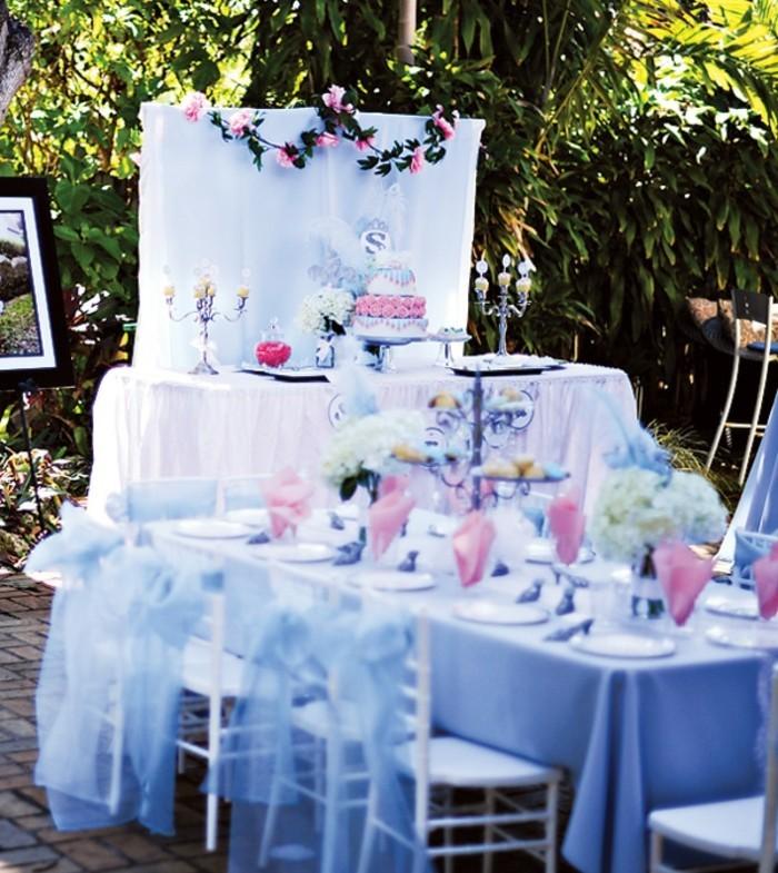 idées-déco-cendrillon-dessin-animé-inspiration-fête-décoration-originale-gâteau-table0bien-amenagee