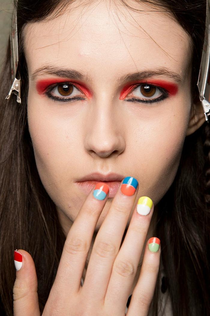 idées-quel-vernis-a-ongle-choisir-la-couleur-beauté-visage-modele-resized