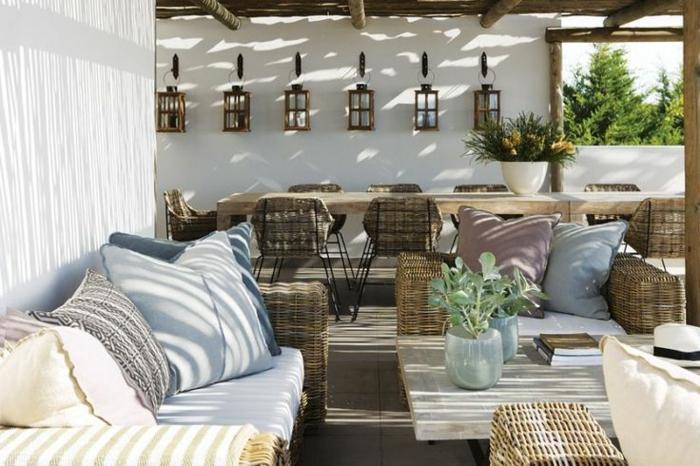 idee-amenagement-jardin-meubles-d-extérieur-en-bois-et-decoration-extérieur-moderne