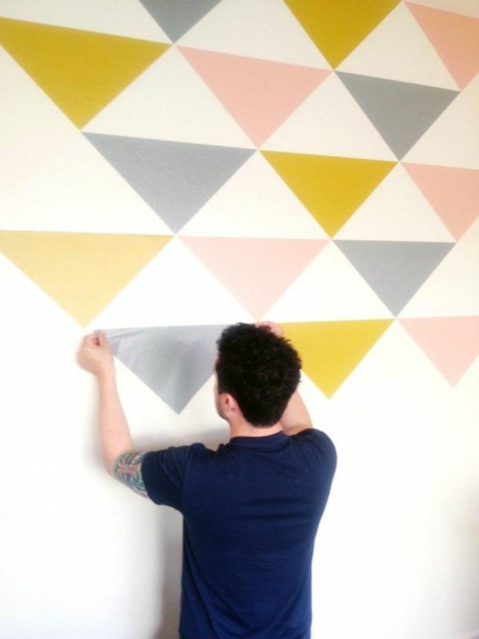 idee-originale-comment-faire-vous-memes-papier-peint-géométrique-papier-peint-leroy-merlin-en-forme-de-trangles