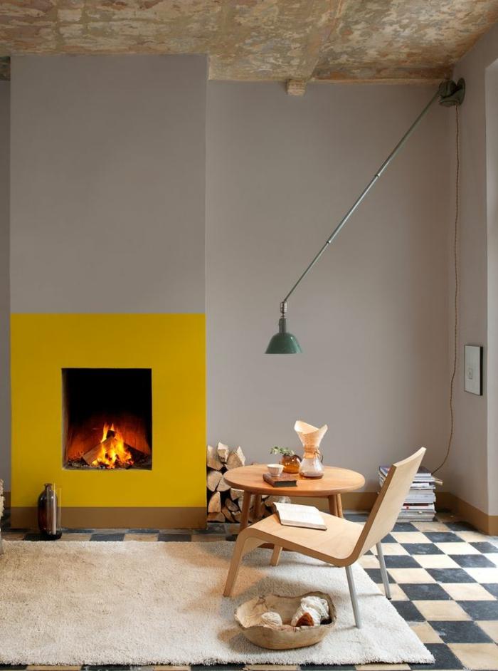 interieur-scandinave-avec-meubles-scandinaves-et-tapis-beige-peinture-lavable-gris-pour-les-murs