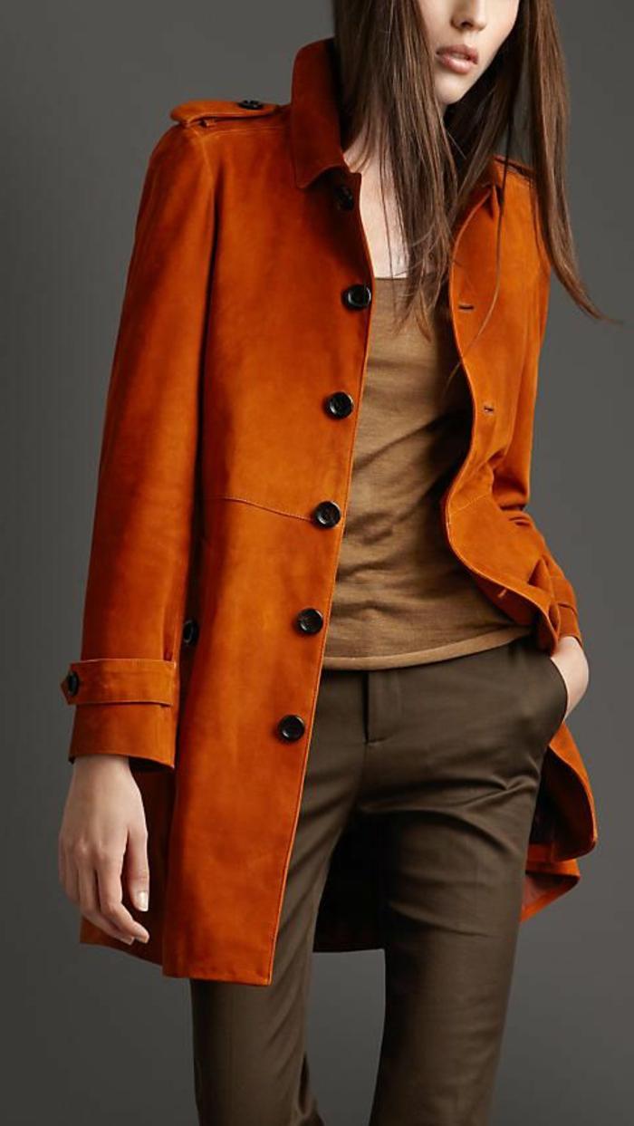 joli-manteau-camaieu-de-couleur-orange-pour-les-filles-modernes-pantalon-marron