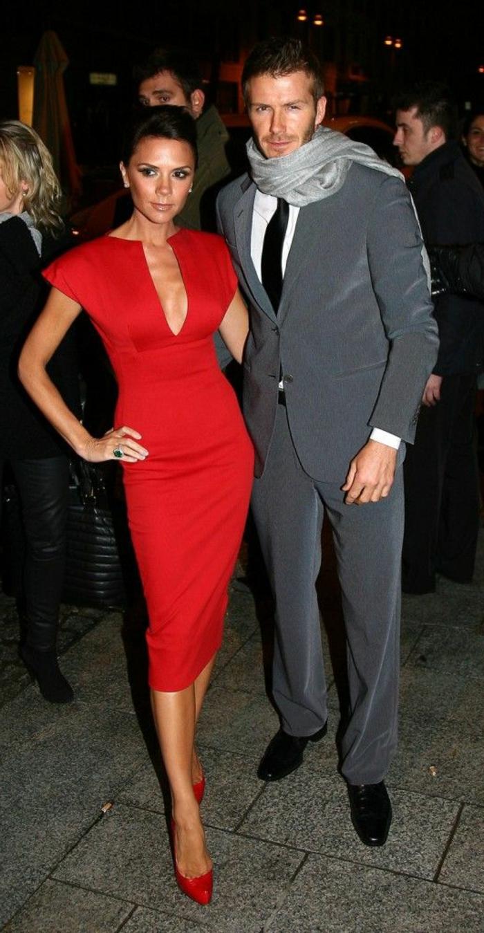 jolie-robe-de-soirée-courte-rouge-portée-par-victoria-beckham-jolie-robe-de-soiree