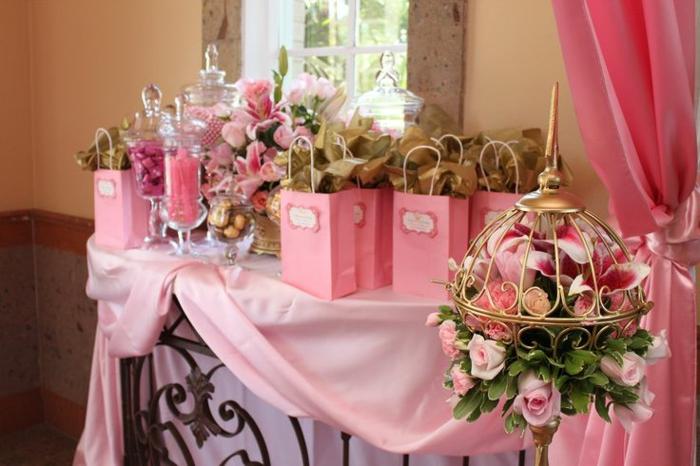 la-belle-au-bois-dormant-Disney-décoration-anniversaire-table