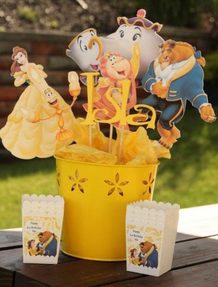 la-belle-et-la-bete-disney-comment-faire-Belle-déco-anniversaire-princesse-disney-en-jaune