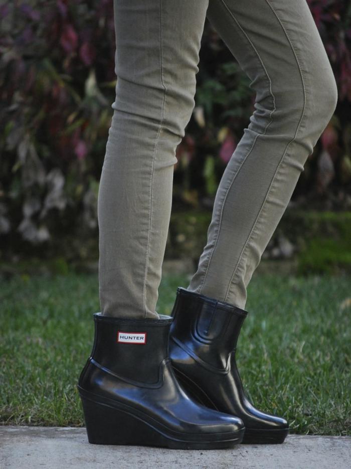 la-botte-de-pluie-bottes-en-caoutchouc-femme-accessoires-chaussure-à-talon-compensé-hunter-gomme-bottes