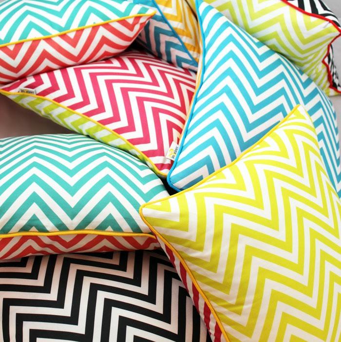 la-housse-coussin-design-idées-aménagement-intérieur-couleurs