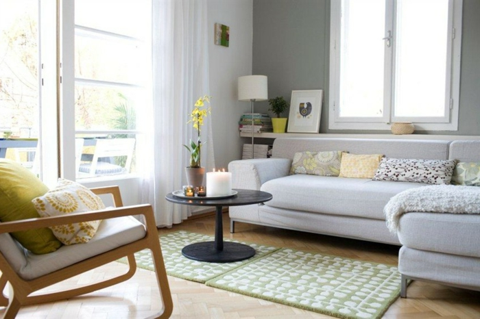 la-maison-scandinave-deco-nordique-avec-meuble-suedois-et-tapis-scandinave-dans-le-salon