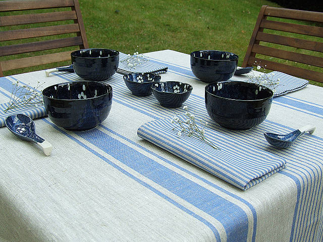 la-nappe-couleur-lin-nappes-lin-déco-de-table-cuisine-aménagement-jardin