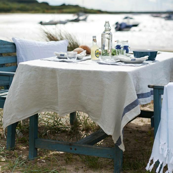 la-nappe-couleur-lin-nappes-lin-déco-de-table-cuisine-belle-jardin-au-bord-du-lac